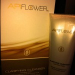APIFLOWER CLARIFYING CLEANSER (2)